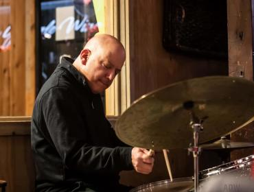 Thursday Dinner LIVE at The Brownhound Downtown with the Mike Melito jazz duo! Thursday July 29, 6:00-8:00pm
