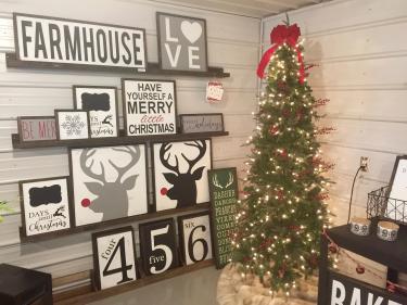 Christmas display at Norelu