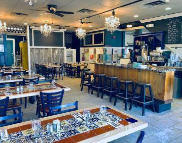 THE RECLAIMED CAFÉ