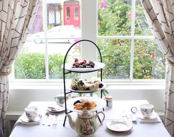 https://assets.simpleviewinc.com/simpleview/image/upload/crm/newportri/Afternoon-Tea-Garden-Room-for-DN_c11d3df6-5056-b3a8-49f3e73b190874b1.jpg