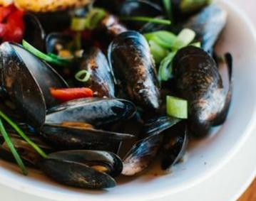 Boat House Mussels