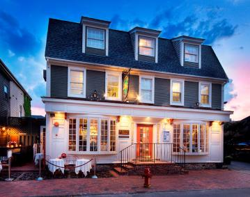 Bouchard Inn & Restaurant