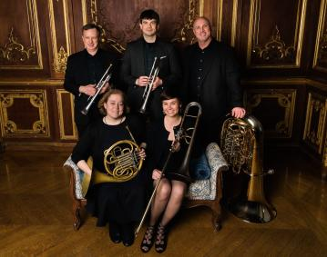 https://assets.simpleviewinc.com/simpleview/image/upload/crm/newportri/Brass-Quintet-High-Res-image_61824B2B-5056-B3A8-49EFC17573EF82CB_6183cb1f-5056-b3a8-492f9a33fbe1c156.jpg