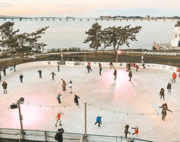 Gurneys-Newport-Ice-Skating