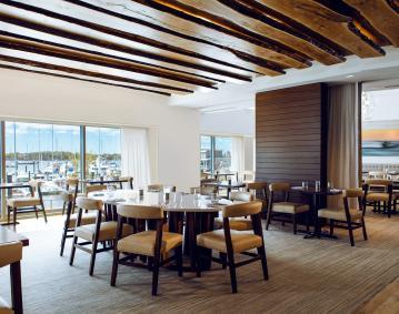 https://assets.simpleviewinc.com/simpleview/image/upload/crm/newportri/Restaurant_Main_Sail_6812--HR_91e83a54-5056-b3a8-491ae936fbe7cb75.jpg