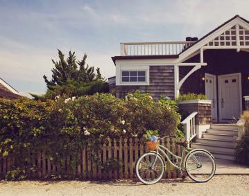 beach_house_exterior