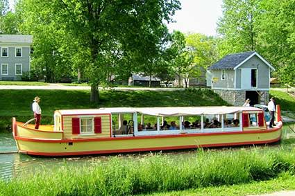 Wabash and Erie Canal Park boat