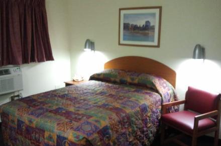 Intown Suites - N Collins Image 7
