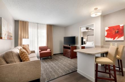 King Bedroom Suite 01