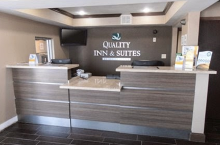 Quality Inn Randol Mill Image 1