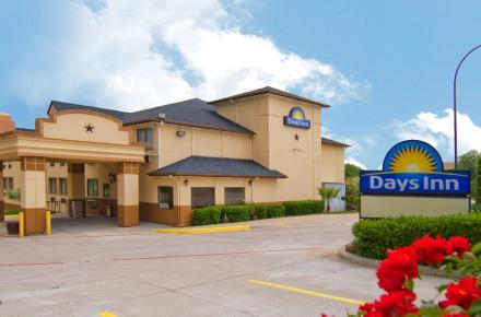 Days Inn Front