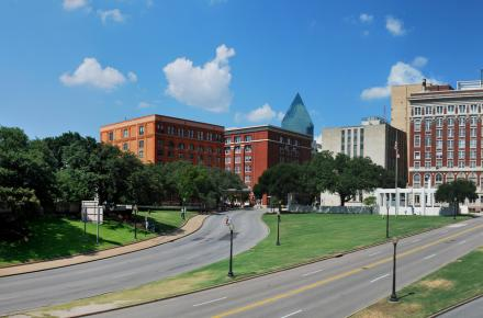 JFK Dealey plaza