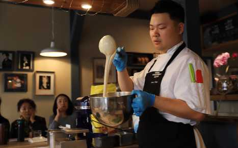 Cannery Cafe - Chef Demo