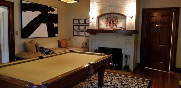 The Della Belle Billiard Room