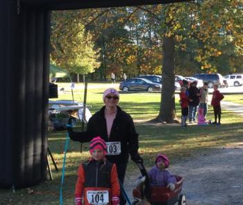 The Fall Colors Run/Walk is fun for the whole family!