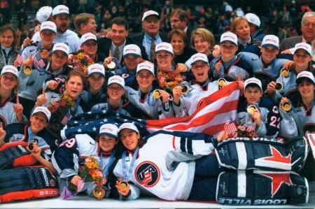 Sara DeCosta Hayes with USA Women's Hockey Team