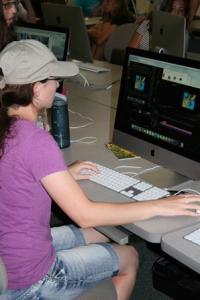 UNCW MArineQuest camper edits film