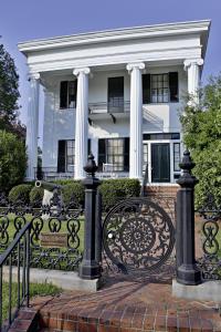 Macon Cannonball House