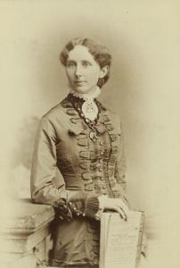 Black and white photo of Mary Rippon