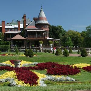 Sonnenberg Historic Gardens