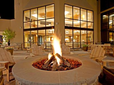 Holiday Inn Resort Lake George - Photo Courtesy of Holiday Inn Resort Lake George