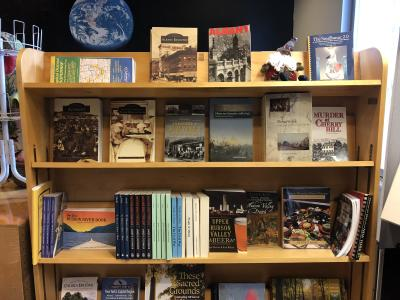 Discover Albany Visitors Center gift shop