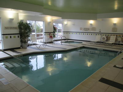 Fairfield Inn & Suites Avon pool