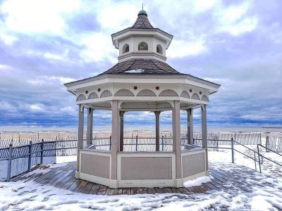 Ontario Beach Park Winter