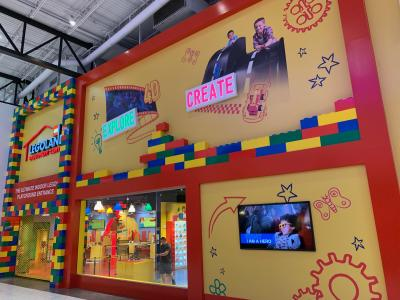 Storefront of the LEGOLAND Discovery Center indoor Lego playground