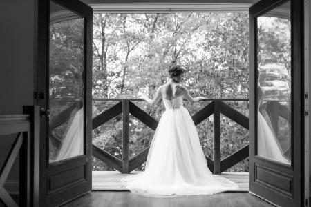 Bride at The Barn at Kennedy Farm (Erika Brown Photography)
