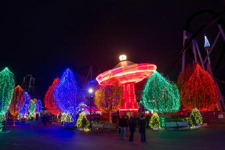 hersheypark-christmas-candylane-holiday-winter