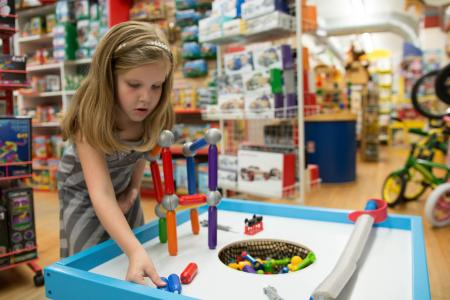 shopping-toys-on-the-square