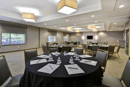 SpringHill Suites Plainfield meeting room