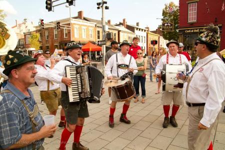 Mainstrasse Oktoberfest