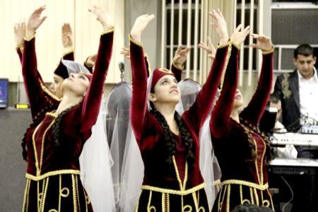 Armenian Dancing