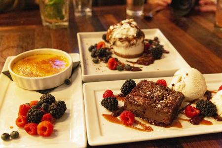 Mason Bar & Kitchen desserts