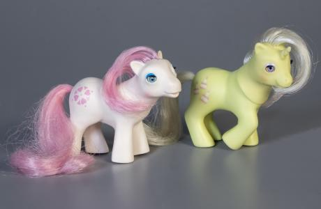 2 my little pony toys