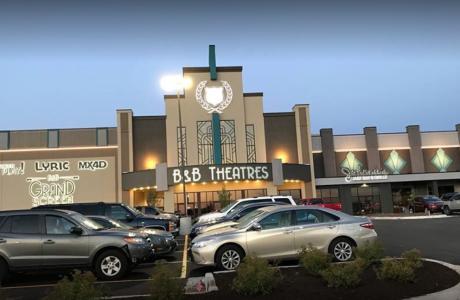 B & B Theateres Exterior