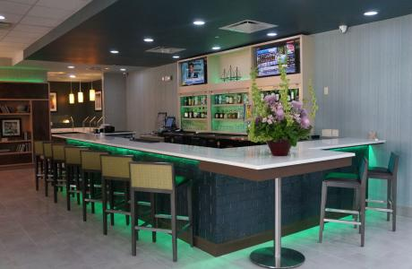 Holiday Inn Medical Bar