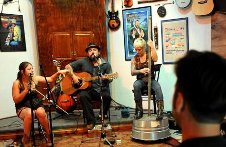 Live Music at Logon Cafe