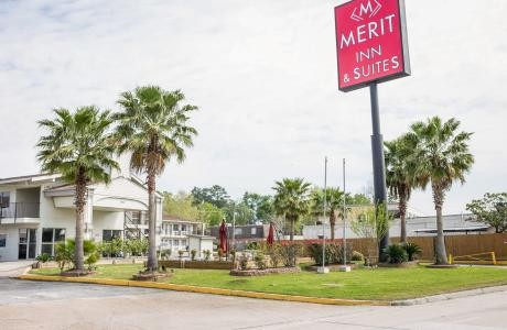 Merit Inn & Suites