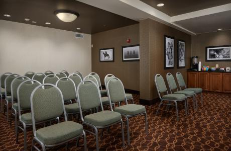 Hampton Inn Meeting Room