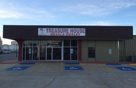 Treasure House Exterior