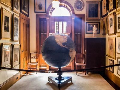 Globe by thefairytaletraveler