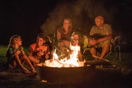 camping-campground-smores