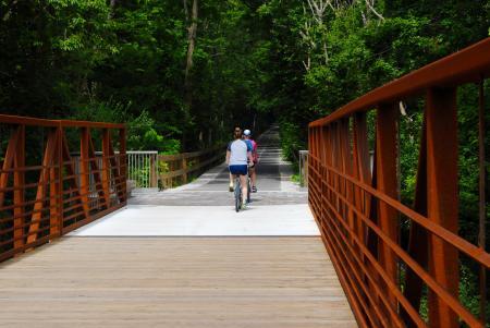 B&O Trail bicyclists