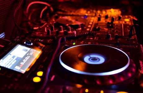 SOUND PLAYGROUND DJ SERVICE