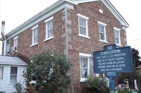 Woodford Cobblestone House 1836