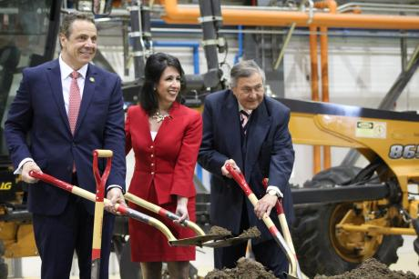 Governor Cuomo and Cheryl Dinolfo at Ground breaking for Airport