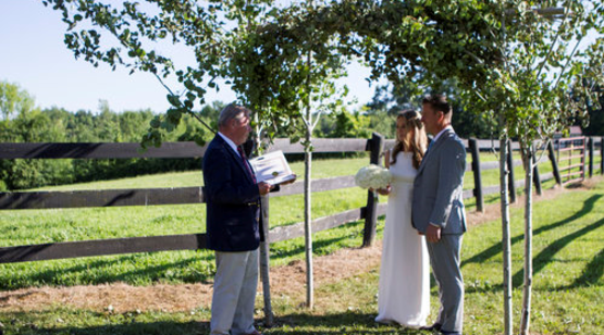 Swedish Hill Farm & Spa couple taking vows